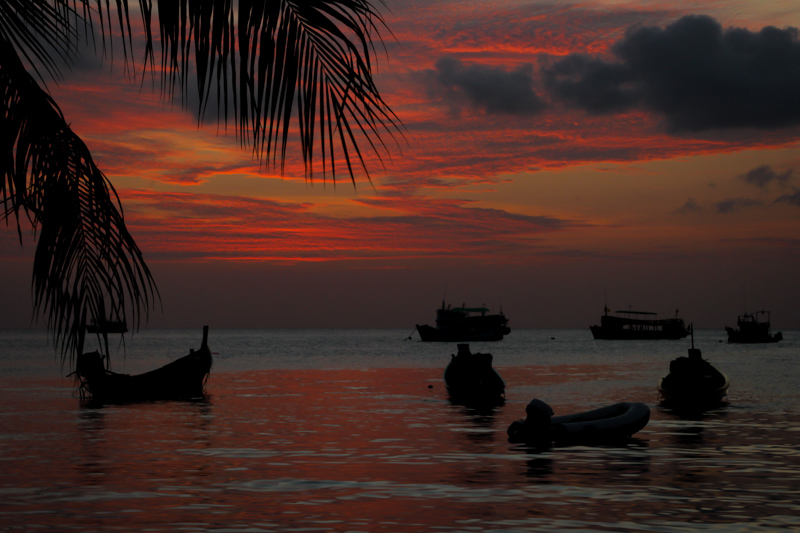 Sunset at Sairee Beach | Ko Tao, Thailand by Robert Metz