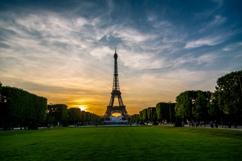 Eiffel Tower | Paris, France by Robert Metz
