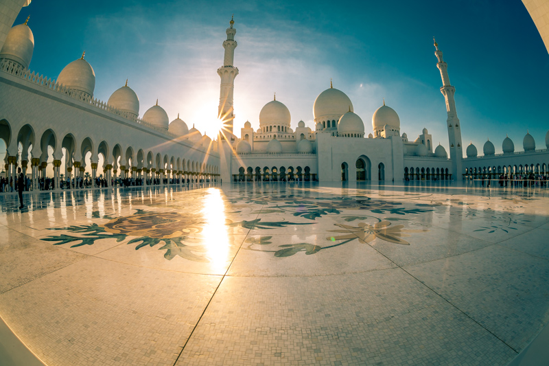 Sunset at Sheikh Zayed Grand Mosque | Abu Dhabi, UAE by Robert Metz